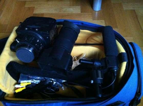 Sony NXCAM NEX-FS100E caméscope Noir
