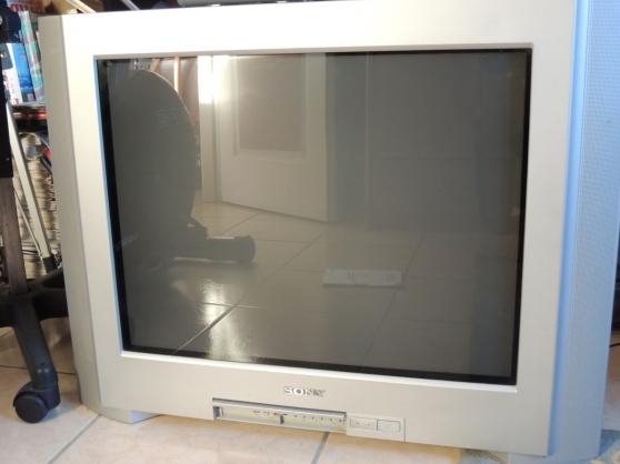 t l viseur sony kv 28cl11b audio t l dvd cd t l visions ecoyeux reference aud t l t. Black Bedroom Furniture Sets. Home Design Ideas