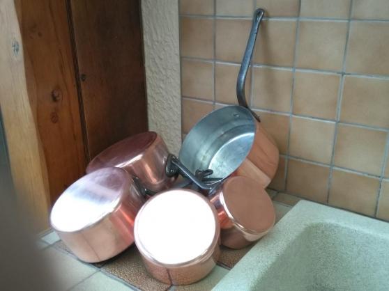 Série de casseroles en cuivre etamé