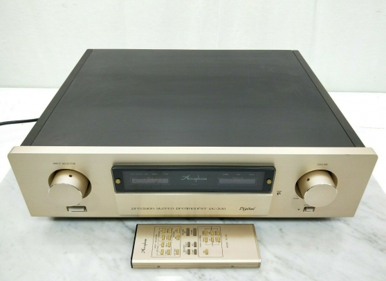 Accuphase DC-300 Stereo Preamplifier