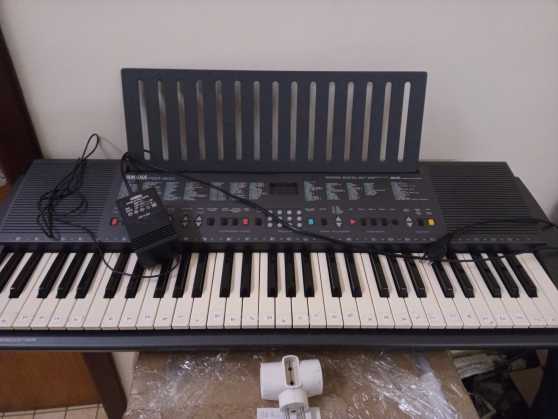 Annonce occasion, vente ou achat 'Piano- Yamaha PSR 300'