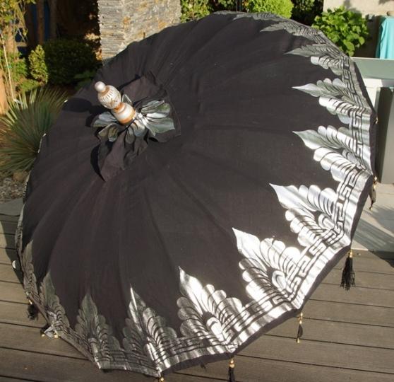authentique parasol balinais gm 185cm meubles d coration divers meubles d coration. Black Bedroom Furniture Sets. Home Design Ideas