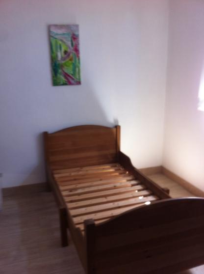 lit evolutif enfant en pin massif meubles d coration lits d 39 enfant grasse reference meu. Black Bedroom Furniture Sets. Home Design Ideas