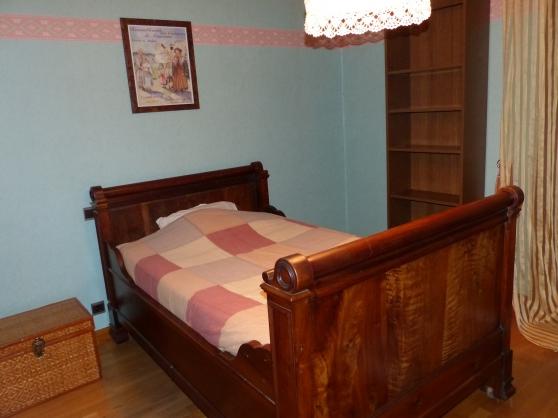 lit rouleaux en noyer armoire ch ne antiquit art brocantes meubles anciens termignon. Black Bedroom Furniture Sets. Home Design Ideas