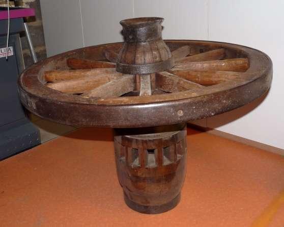 Roue de charette moyeu antiquit art brocantes brocante hettange grande reference ant - Roue de charette decoration ...