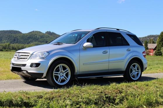 Petite Annonce : Mercedes-benz m-klasse - Je vend mon ml 280cdi v6 en état correct. Année : 2006 Kilométrage