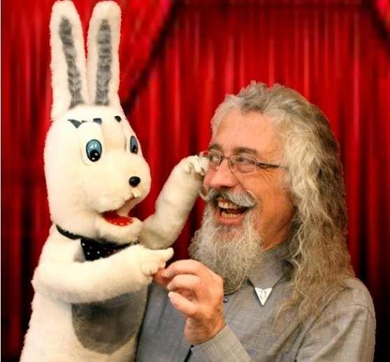 Romain le Ventriloque & son Lapin Harold