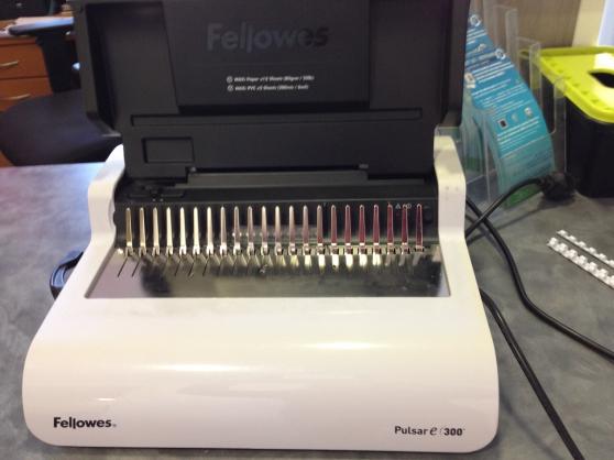 Machine à relier Fellowes