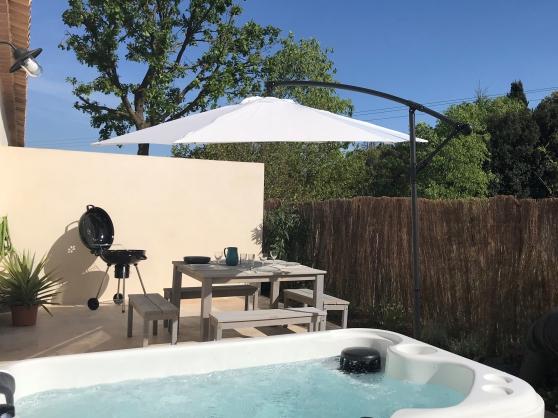 gite a uzes avec spa prive et piscine - Annonce gratuite marche.fr