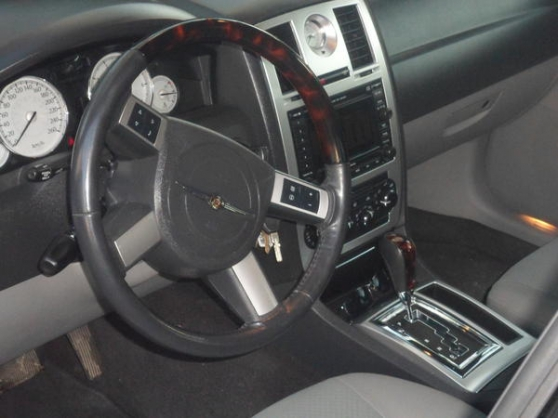 Chrysler 300 C V6 - Photo 2
