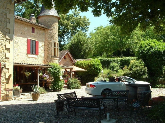 Annonce occasion, vente ou achat 'Beautiful country house with gites'