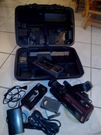 Camescope JVC GR-66 et sa malette