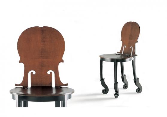 ARMAN paire de chaises en sycomore