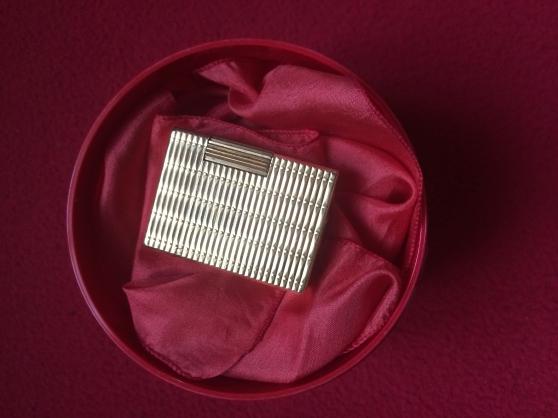 Annonce occasion, vente ou achat 'Vends Briquet Dupont Paris Fonction'