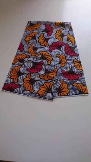 Tissu wax africain (le mètre) 7€ - Photo 2
