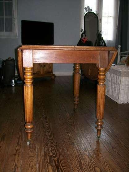 table style louis xvi bordeaux meubles d coration tables bordeaux reference meu tab tab. Black Bedroom Furniture Sets. Home Design Ideas