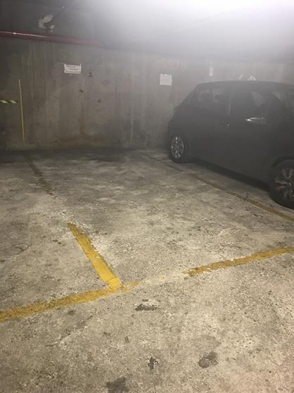 place de parking citadine Paris 13 eme