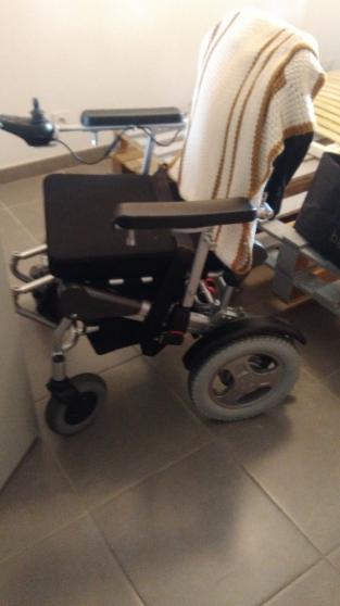 Fauteuil roulant électrique - Photo 4