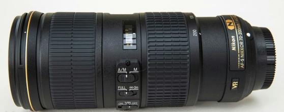 Objecti Nikon 70-200 mm F/4 AF-S G ED VR