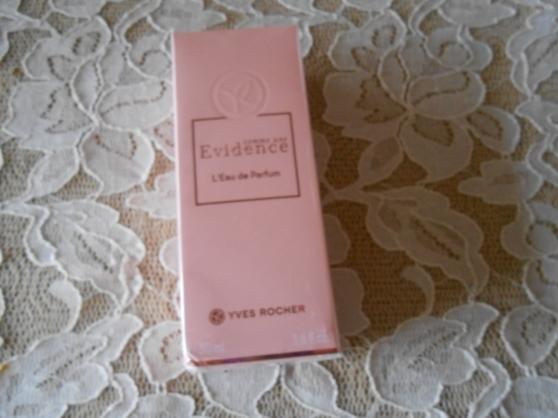 Annonce occasion, vente ou achat 'Comme une évidence l\'eau de parfum Yves'