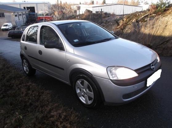 Opel corsa 1.7 DTI 4CV