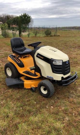 Annonce occasion, vente ou achat 'tracteur tondeuse Cub Cadet'