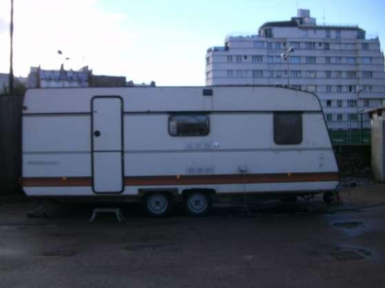caravane gruau tradition caravanes camping car caravanes gruau bourg en bresse reference. Black Bedroom Furniture Sets. Home Design Ideas