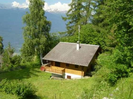 Annonce occasion, vente ou achat 'Echange chalet dans les Alpes suisses'