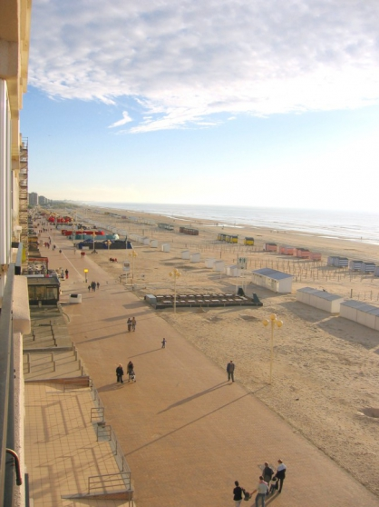 Location Digue de mer- La Panne