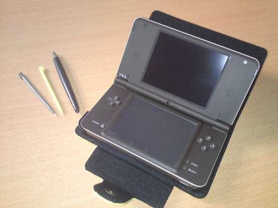 Nintendo dsi xl + 4 jeux