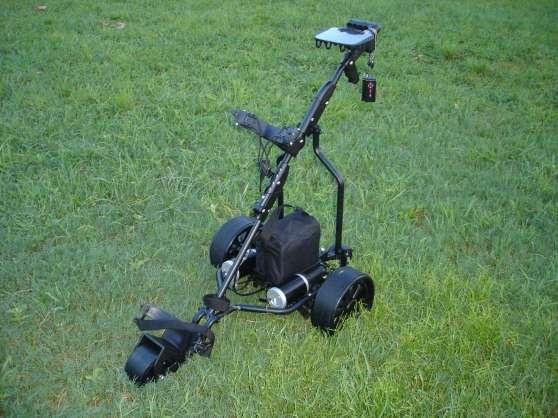 chariot de golf lectrique sam on sports golf. Black Bedroom Furniture Sets. Home Design Ideas