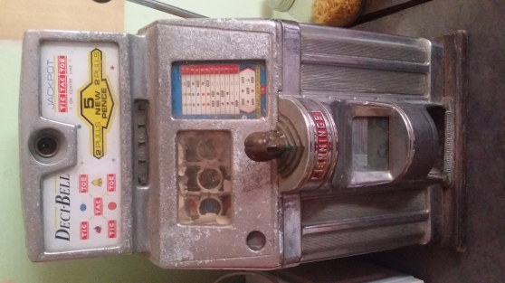 Annonce occasion, vente ou achat 'Machine a sous année 1950 a restaurer'