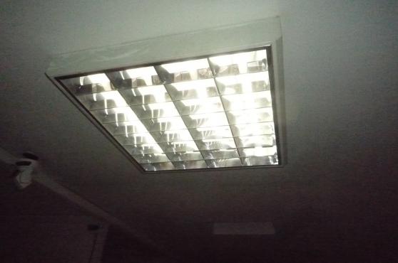 plafonnier de bureau n on notus 4x18w meubles d coration lampes spot lampe huile. Black Bedroom Furniture Sets. Home Design Ideas