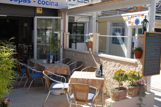 café bar situé à calpe - costa blanca