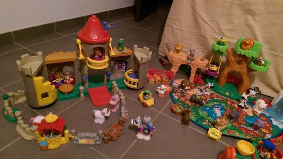 Annonce occasion, vente ou achat 'Lot de 100 pieces Little People'