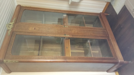 Annonce occasion, vente ou achat 'Meuble vitrine'