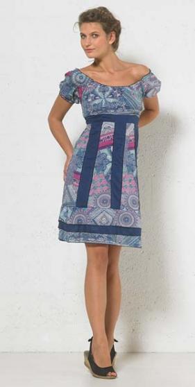 Petite Annonce : Robe coline neuve - Avec etiquette, jamais porté, taille L (42-44) bleu, jupon doublé,