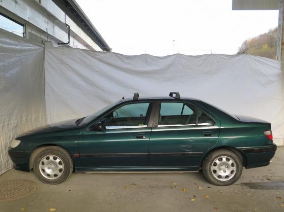 je donne urgents ma voiture Peugeot 406