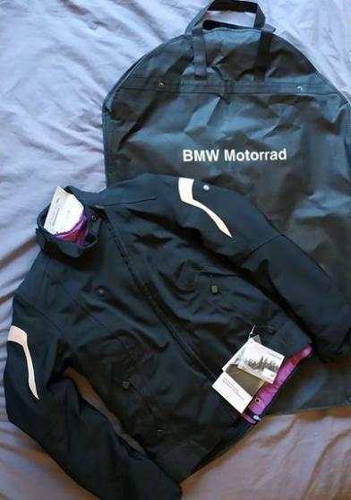 Vends veste moto femme BMW , neuve - Photo 2