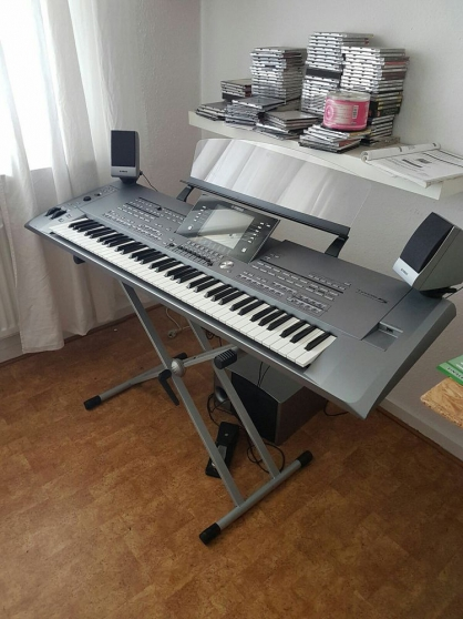Annonce occasion, vente ou achat 'Yamaha Tyros 5-76 touches'