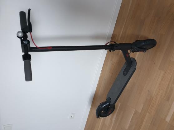 Annonce occasion, vente ou achat 'Trottinette électrique XIAOMI M365'