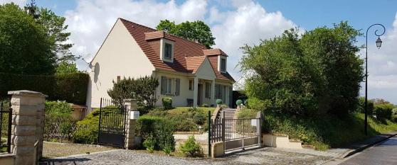 Jolie maison de 5 pièces sur 1156 m²