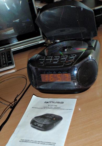 Radio-réveil Muse FM CD