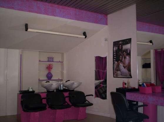 cherche coiffeurs ambitieux - Annonce gratuite marche.fr