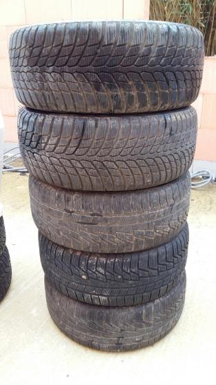5 pneus hiver 225/50 R 17 98 V