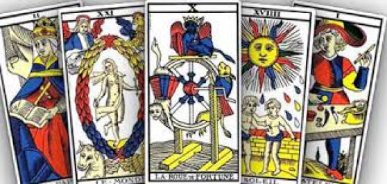 Recrute plusieurs Voyants, Medium Spirit