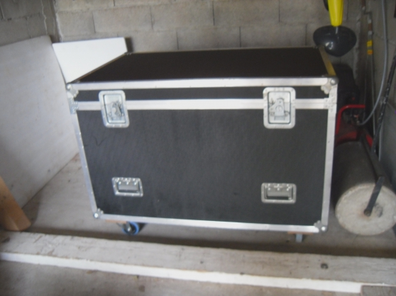 FLIGHT CASE ETAT NEUF