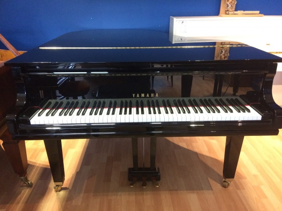 Piano Quart de Queue Yamaha GC2