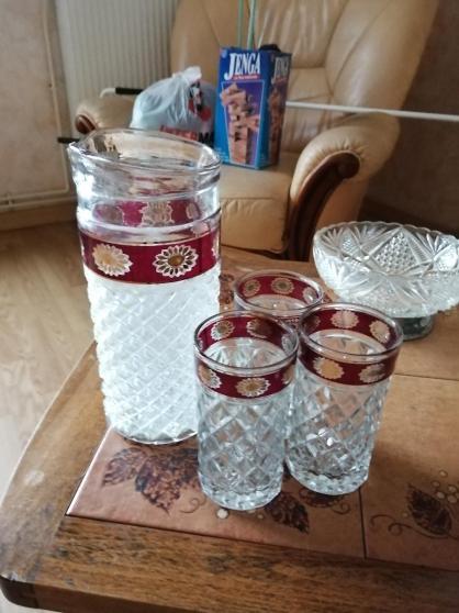 Carafe et 3 verres