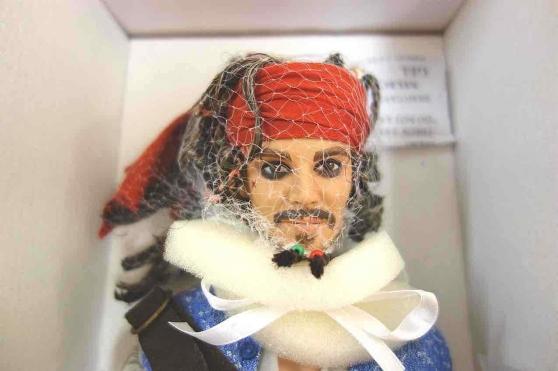 Annonce occasion, vente ou achat 'Captain Jack Sparrow Pirates caribbean'